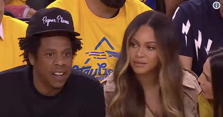 Twitter Goes Crazy Over Woman Leaning over Beyonce to Talk to Jay-Z